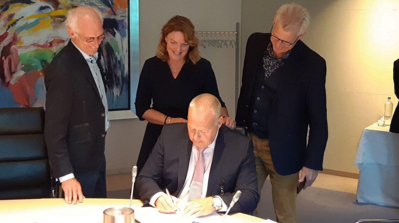 Ondertekening van de overname van LTC Training door NextSteps.nu